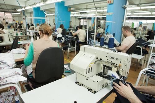 Team Fashion producing garment