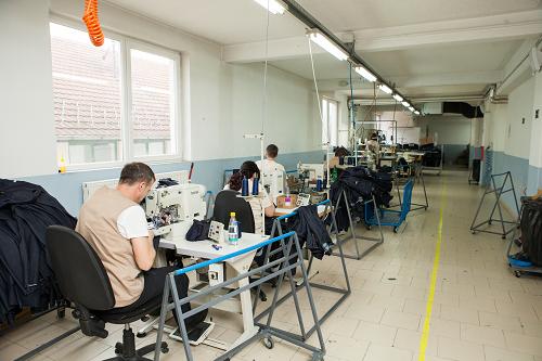 Team Fashion producing line 2